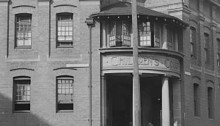 The outside of the children's court in Sydney in the olden days.